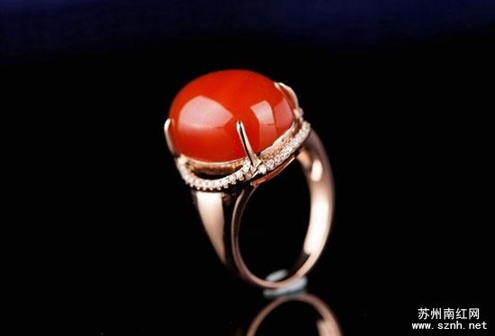 南红玛瑙戒指面材料的选择