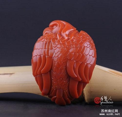 一款具有收藏价值的南红玛瑙配饰