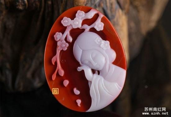 南红玛瑙雕刻中的巧雕是什么?