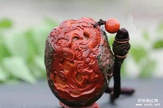 南红玛瑙包浆原石雕件为何大受欢迎?