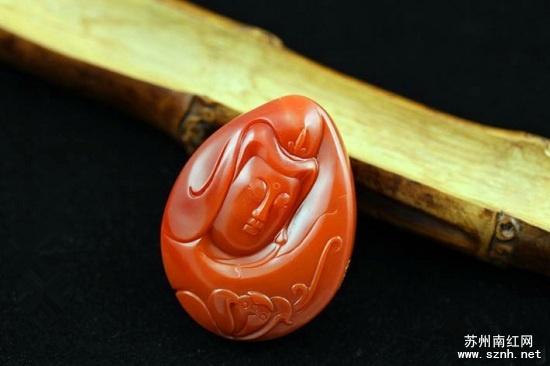 挑选收藏南红观音雕件应注意什么?