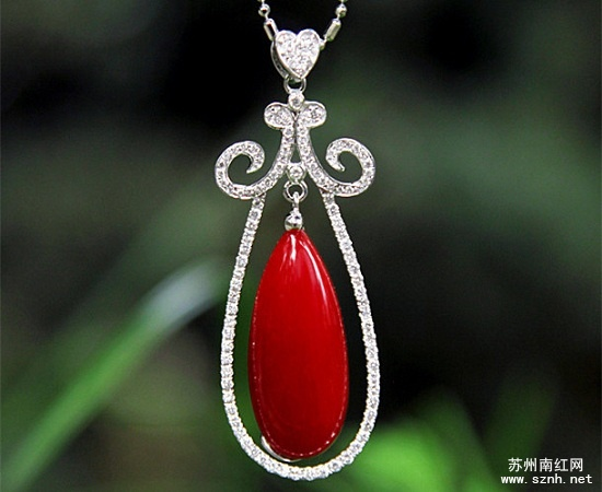 大海的精灵:红珊瑚饰品多图鉴赏