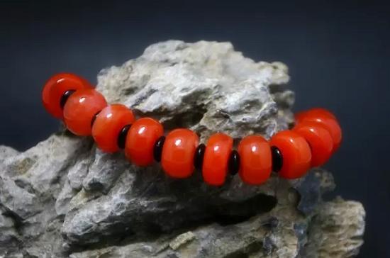 这些藏友眼中最美的南红珠子,你集齐了吗?